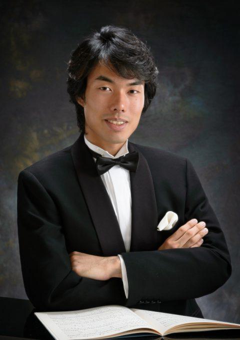 塚田尚吾(ピアノ)